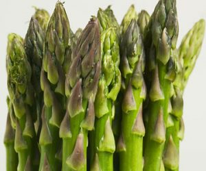 Ward off a hangover by… eating asparagus